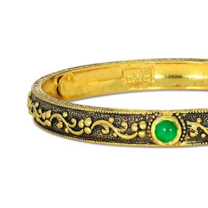 Naksha Mudhra Gold Bangle