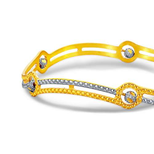 Niesha Nivara Gold Bangle